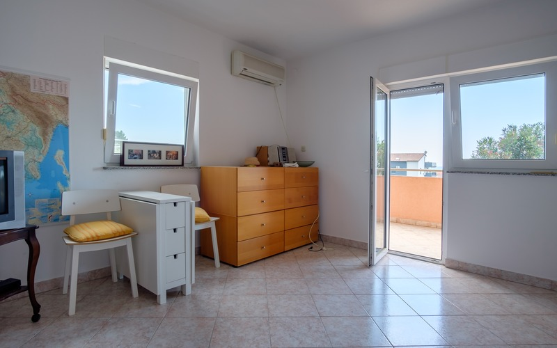 Two bedroom apartment with a beautiful sea view in Medulin