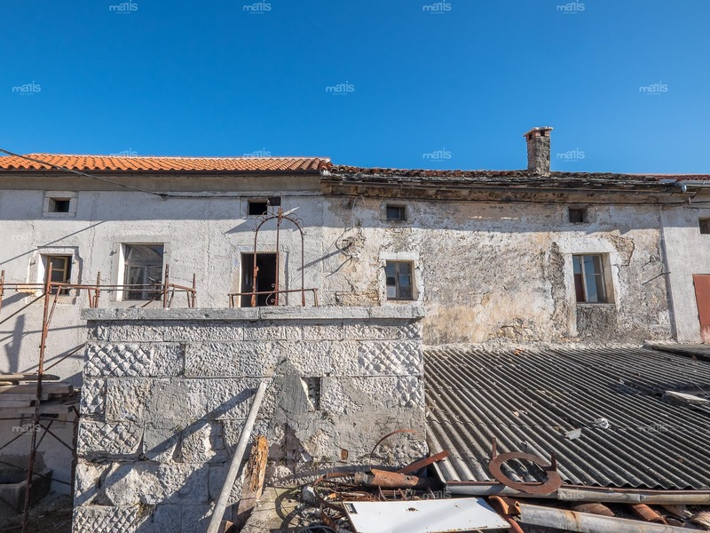 The project renovation and reconstruction of the stone house for Ivica Propadaol | 2016.