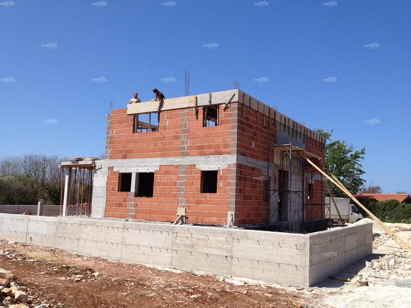 Project for Family Vidmar construction of a family villa in Peroj | 2011.