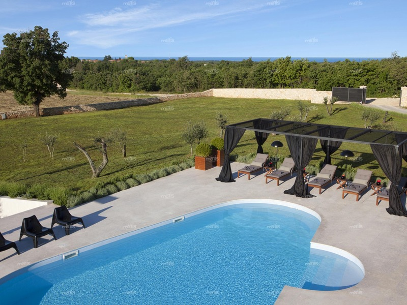 Sea view countryside villa in the heart of Istria few kilometers from the historic town of Pula
