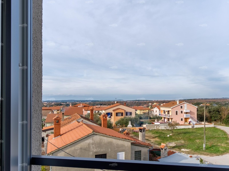 Two-story apartment with a sea view in Veli Vrh, Pula