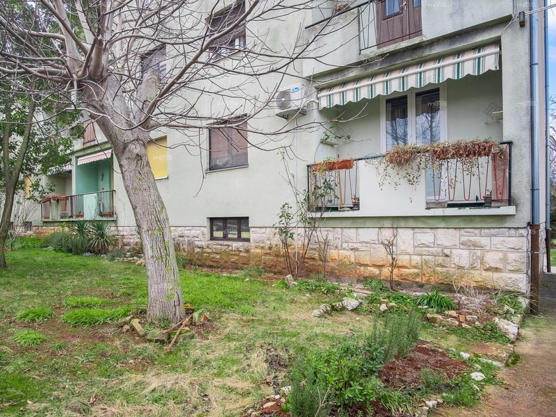One bedroom apartment with a terrace in Vodnjan