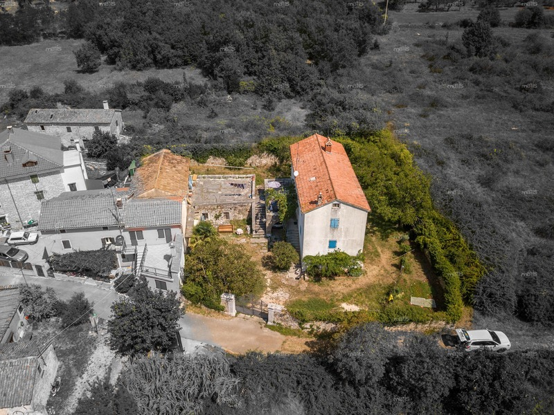 Unique stone house with a sea view near Poreč